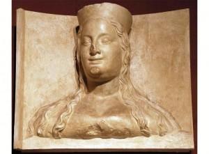 15) Elżbieta – fragment rzeźby nagrobnej