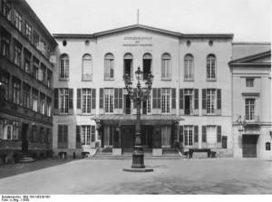 7) Deutsches Theater w Berlinie, 1930 r. (wikipedia)